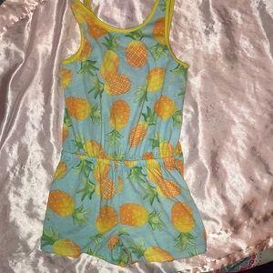 Children's Place 5/6 euc pineapple romper